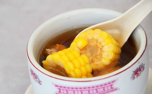 玉米炖汤 Sweet Corn Soup